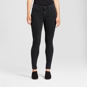 Mossimo Mid-Rise Skinny Jeans NWT SIZE 6 SHORT